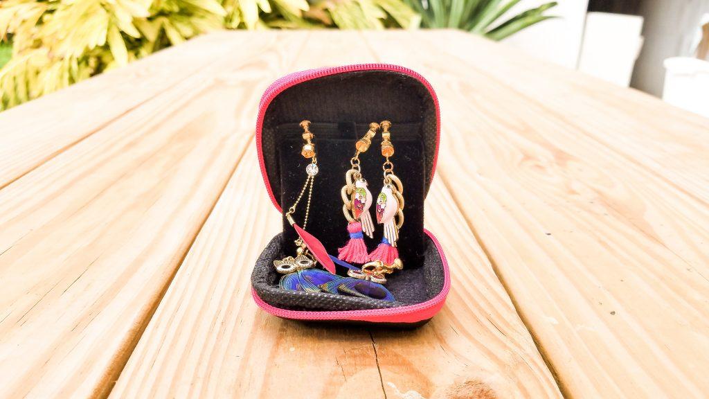 背包客必備小配件 What you need as a backpacker Meisupermei Travel 耳環 ear rings