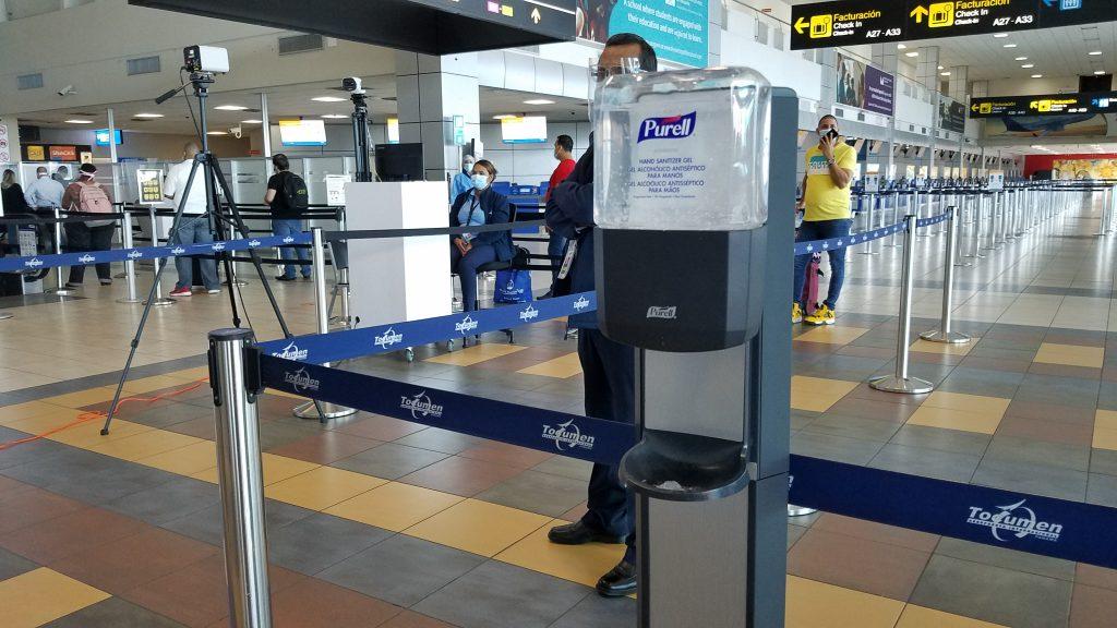 新冠肺炎疫情下旅行的挑戰 Traveling during Covid Tocumen airport in Panama