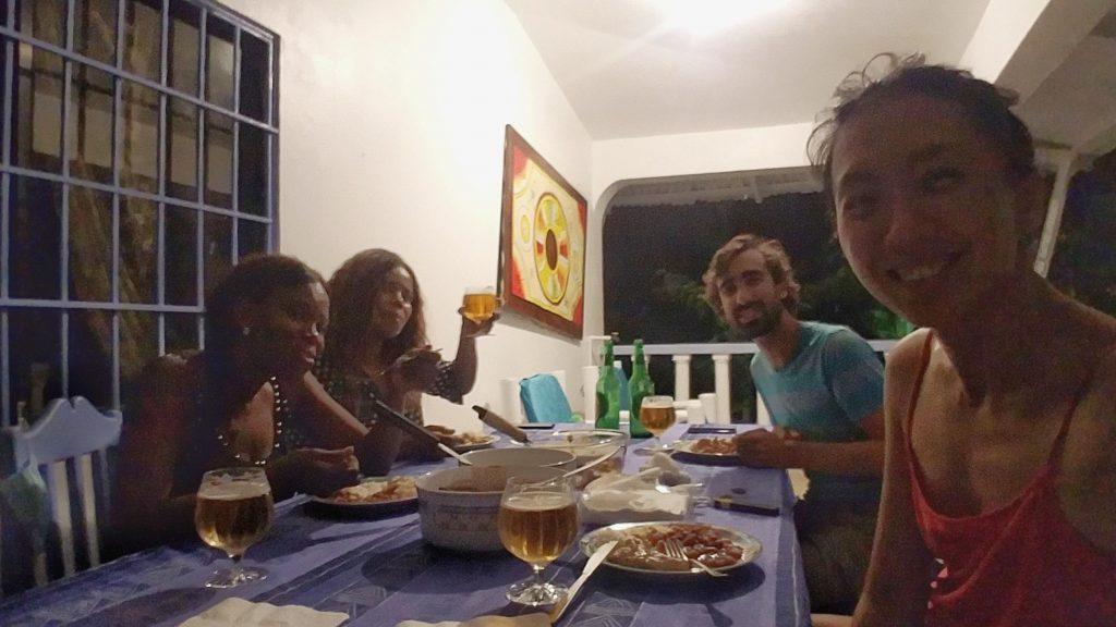 在多明尼加和房東一起吃晚餐Dominican Republic Las Terrenas Eating with locals landlords