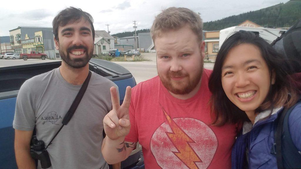 一邊搭便車一邊遠端工作數位遊牧生活Dawson City